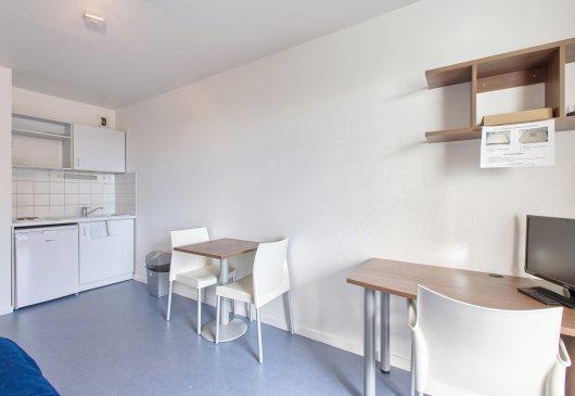 location meubl e strasbourg. Black Bedroom Furniture Sets. Home Design Ideas