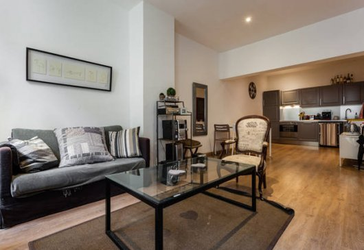 location meubl e d 39 appartement nexity studea aix en provence avenue des belges. Black Bedroom Furniture Sets. Home Design Ideas