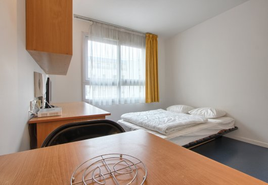 Location Meublée D'Appartement À Issy-Les-Moulineaux