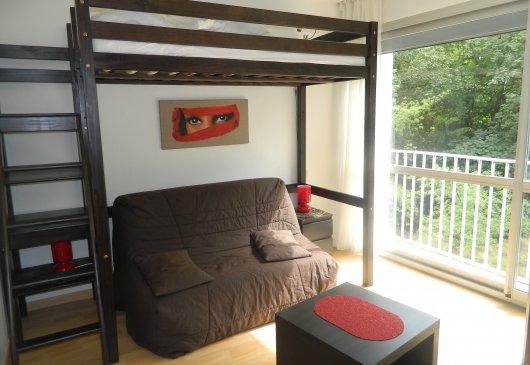 location meubl e d 39 appartement saint martin bellevue. Black Bedroom Furniture Sets. Home Design Ideas