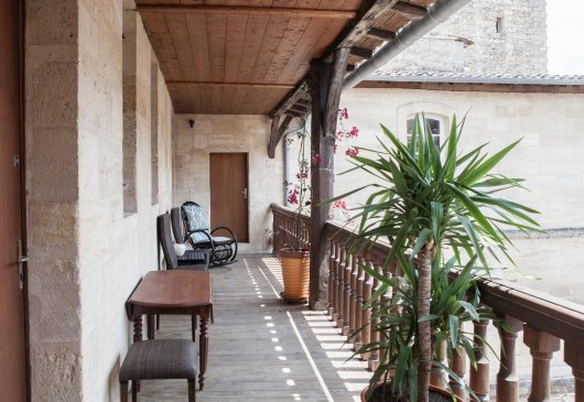 Bel appartement balcon et parking