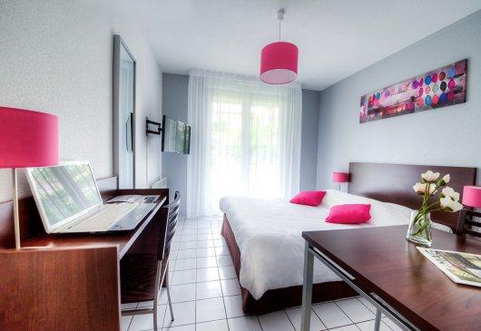 location meubl e de studio bourgogne franche comt. Black Bedroom Furniture Sets. Home Design Ideas