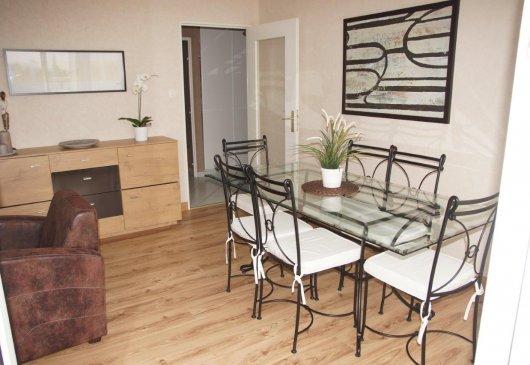 location d 39 appartement strasbourg meubl courte dur e. Black Bedroom Furniture Sets. Home Design Ideas