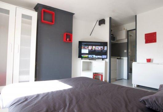 location meubl e niort. Black Bedroom Furniture Sets. Home Design Ideas