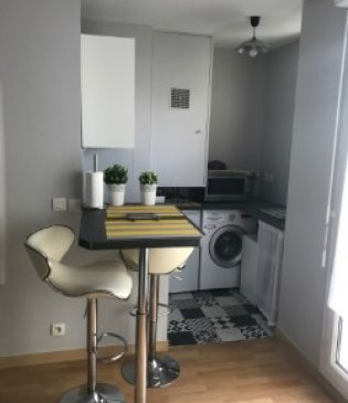 location studio meuble 95