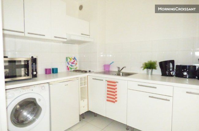 studio meubl louer toulouse grand studio parking tl. Black Bedroom Furniture Sets. Home Design Ideas