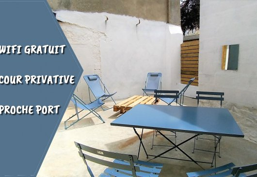 Maison proche port, cour privative