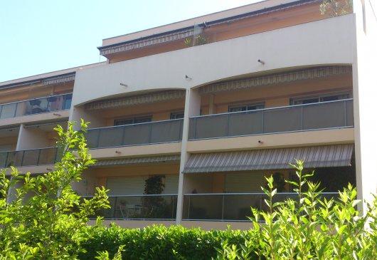 Location meubl e d 39 appartement antibes juan les pins - Chambre chez l habitant antibes ...