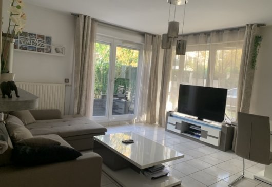 BELLE APPARTEMENT F4 EN COLOCATION