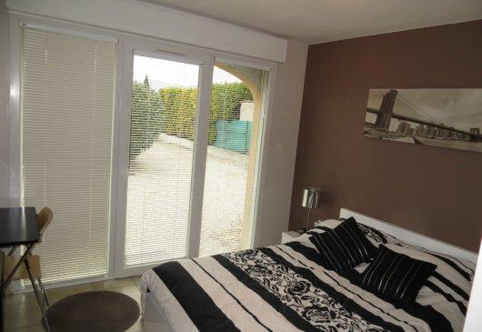 location meubl e de maison rh ne alpes. Black Bedroom Furniture Sets. Home Design Ideas