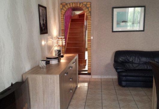 location meubl e val d 39 oise. Black Bedroom Furniture Sets. Home Design Ideas